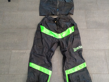 Sell: Tracking Suit 2 piece